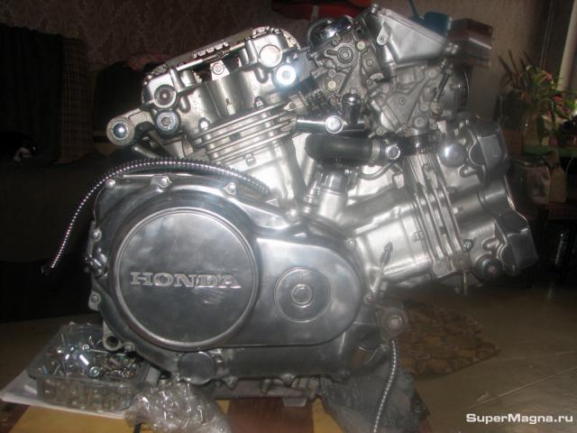 Двигатель VF750C 0009