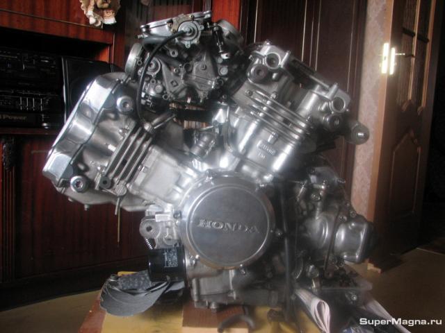 Двигатель VF750C 0014
