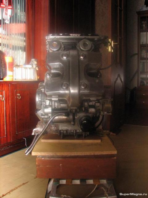 Двигатель VF750C 0019